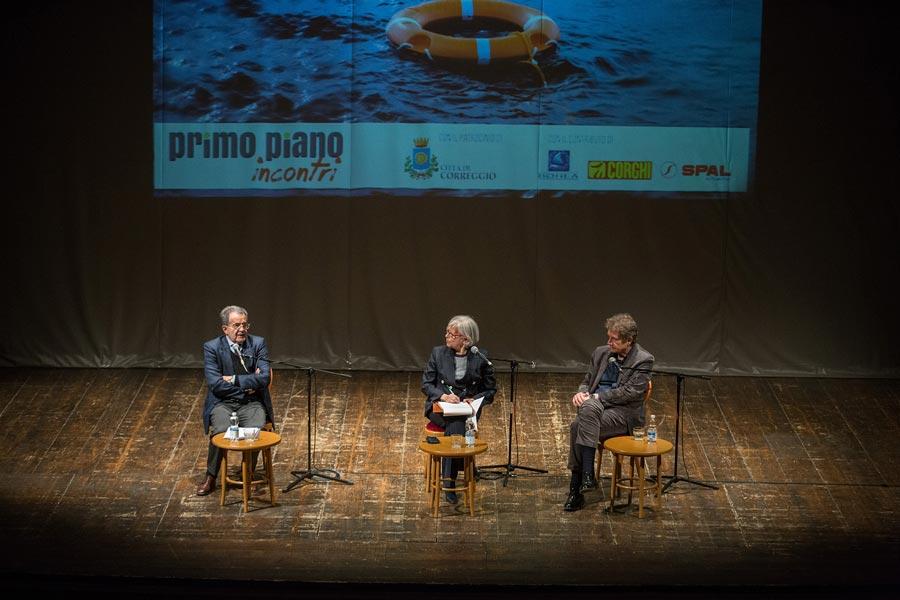 Primo Piano - Foto Photos' Print